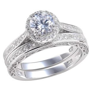 Gorgeous 925 sterling simulated diamond ring set